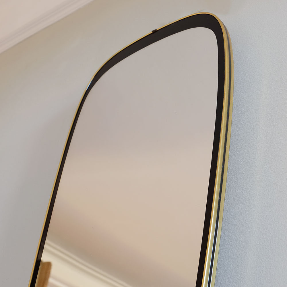 Oval-Mirror-with-Black-and-Brass-Surround-iii