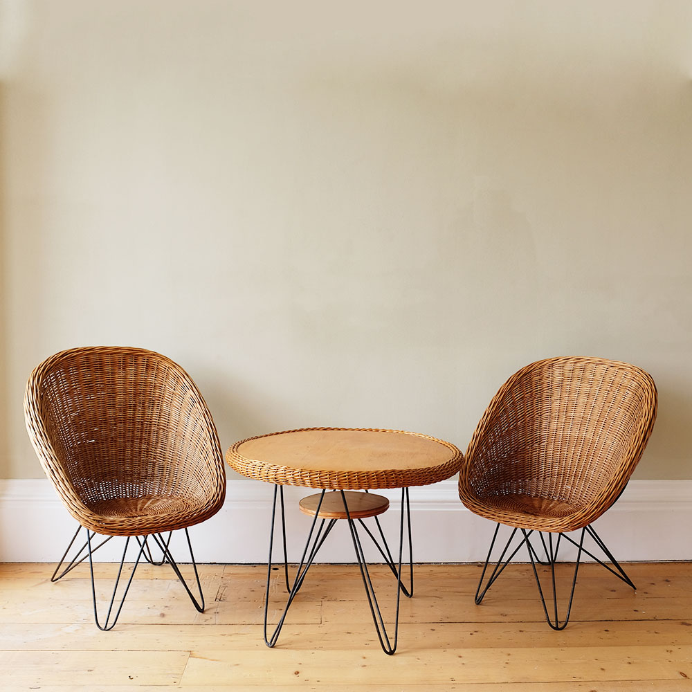 vintage-rattan-armchairs-and-table