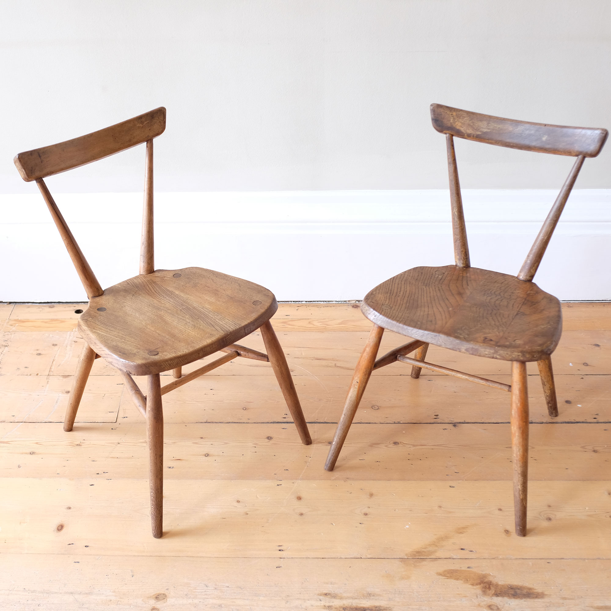 Pair-of-Early-Ercol-Dining-Chairs-iv