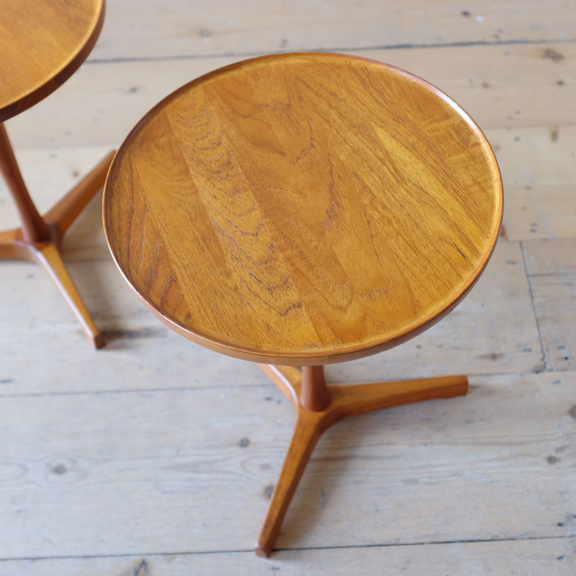 Pair-of-Side-Tables-by-Hans-Christian-Andersson-iii