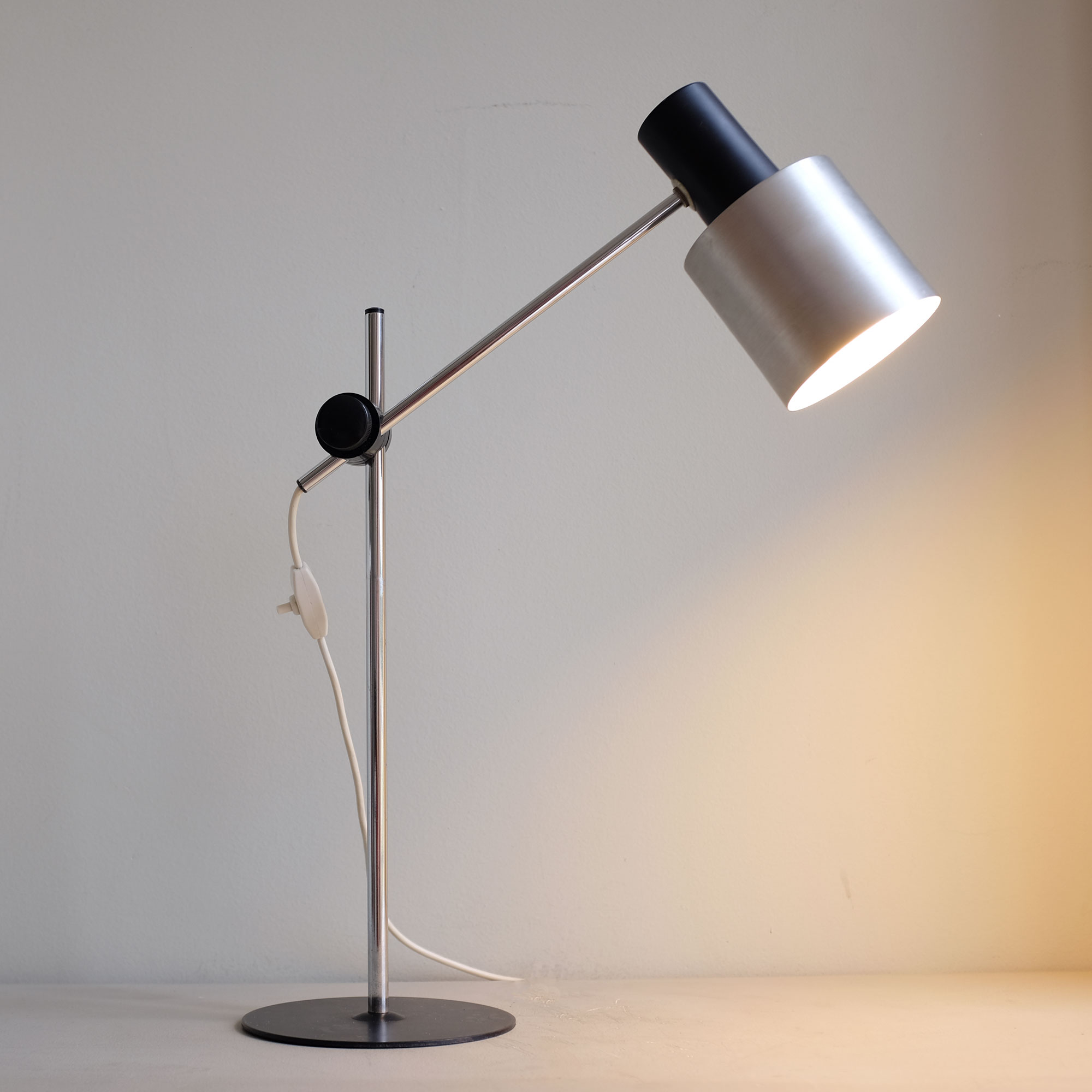 Vintage-Italian-Desk-Lamp-by-Prova-v